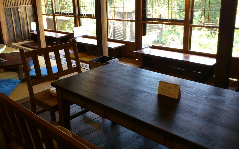 蒲生の古民家カフェ「心地庵」店内kokochian2