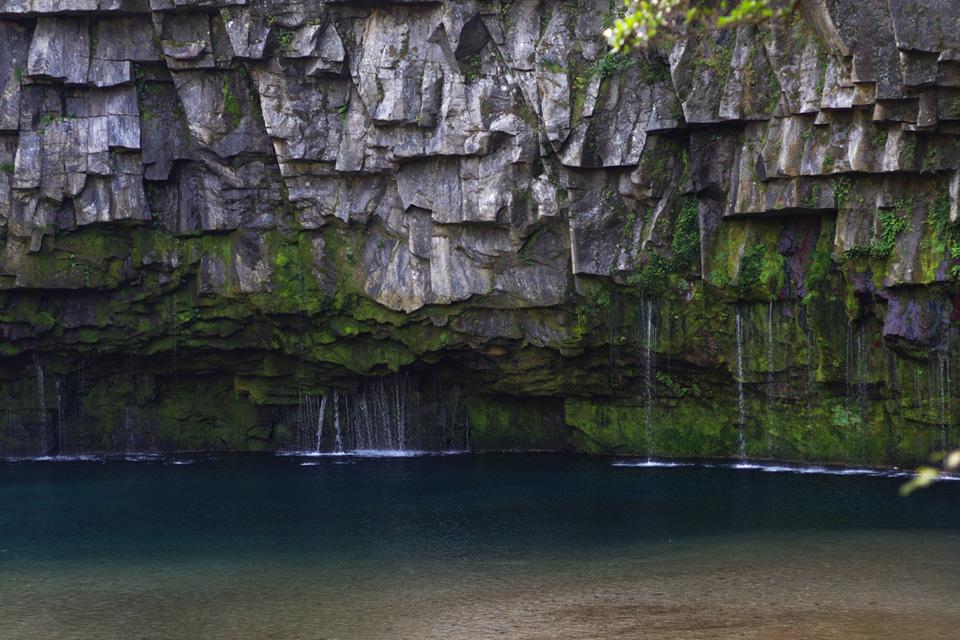 雄川の滝 エメラルドグリーン 鹿児島県南大隅町