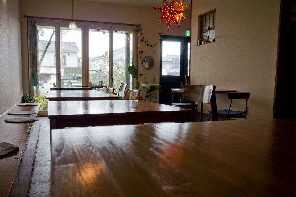 Aomi Cafe (アオミカフェ) テーブル席 霧島市国分