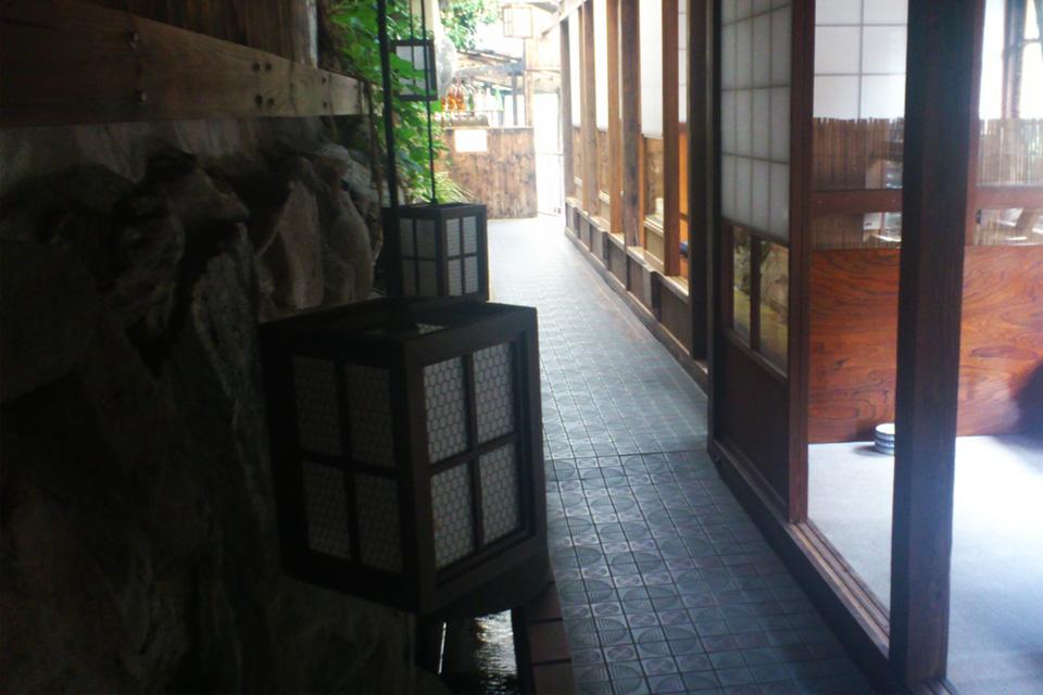 店内・座敷 きじ料理「きじや」熊本県人吉市