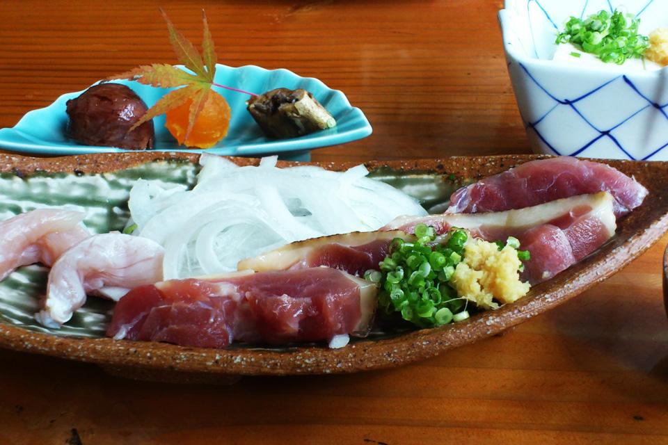 きじ肉の刺身 「きじや」熊本県人吉市