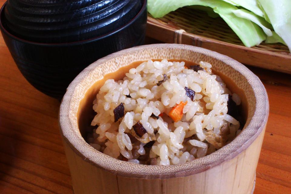 炊き込みごはんとお味噌汁 「きじや」熊本県人吉市