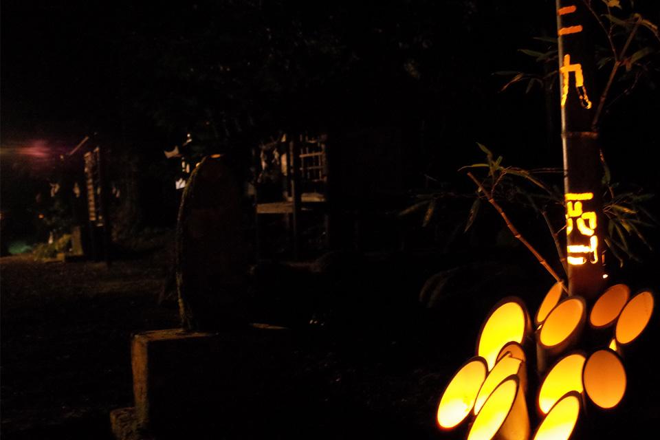 竹筒アート・初詣の竹あかり「熊野神社」湧水町