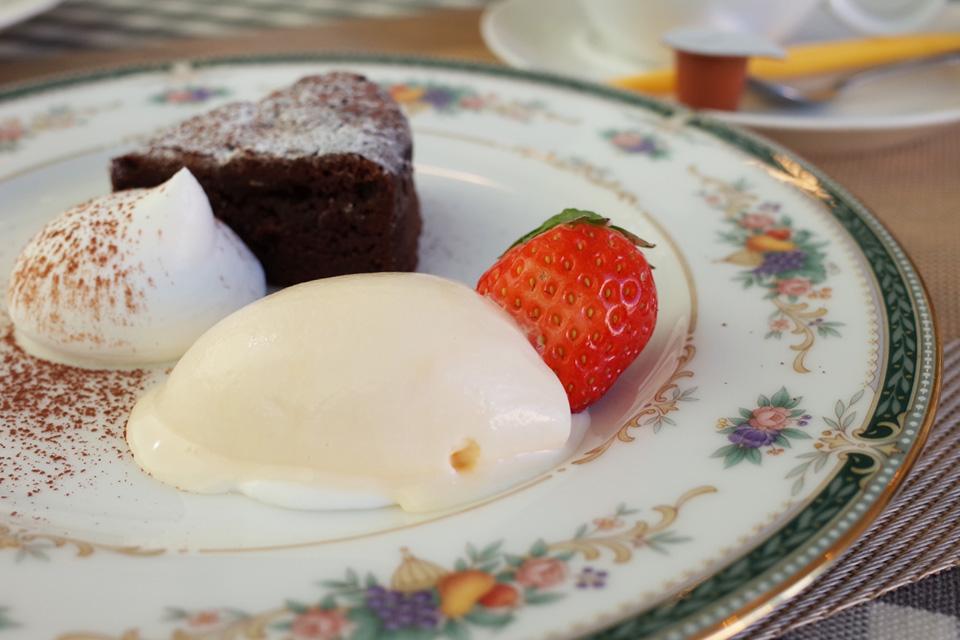 ランチコース デザート フレンチレストラン「Le Plaisir」 薩摩川内市