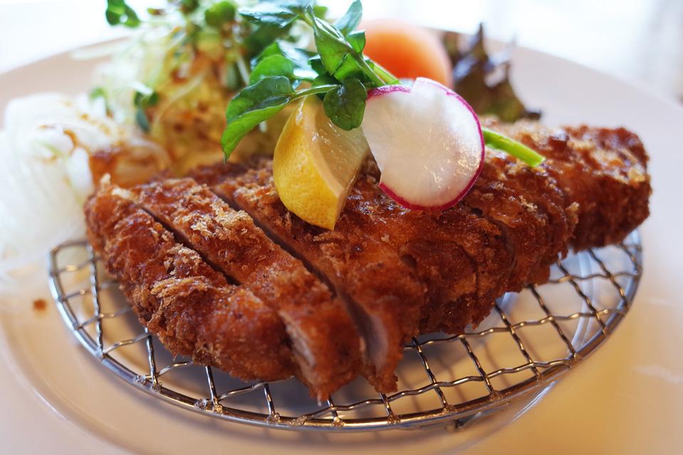 黒豚とんかつ 牧場民宿レストラン「和(のどか)」
