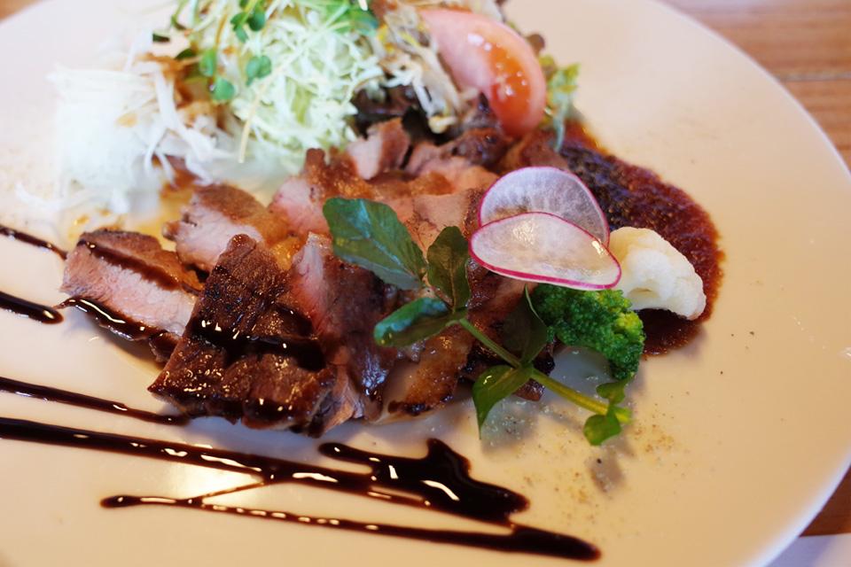 黒豚ステーキ 牧場民宿レストラン「和(のどか)」