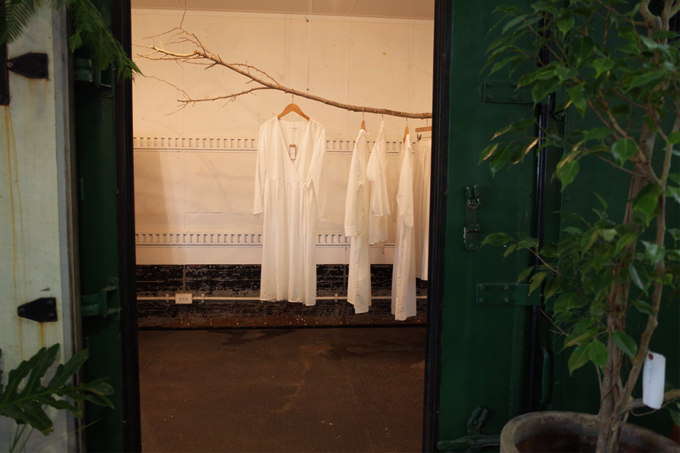 店内のコンテナがオシャレ「Araheam (アラヘアム)」鹿児島県鹿屋市