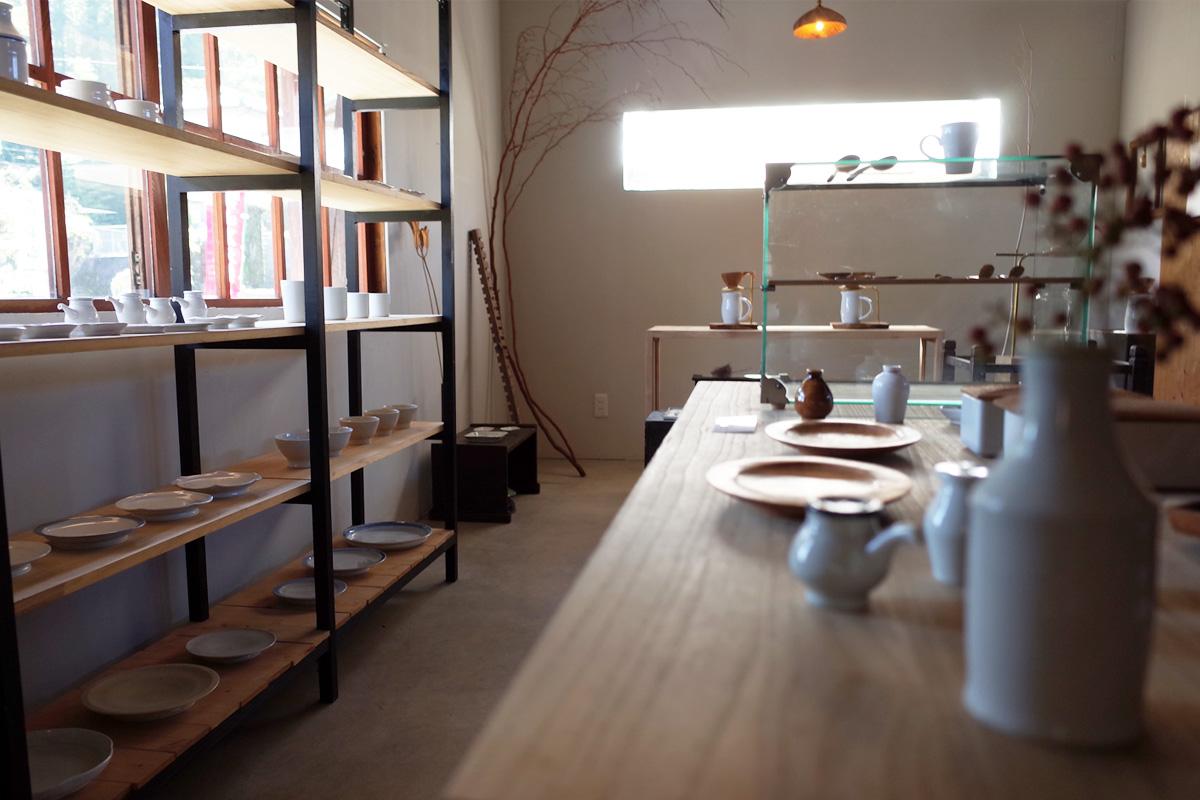 木道具・器ギャラリー 店内-2「夏ノ庭」鹿児島県日置市美山