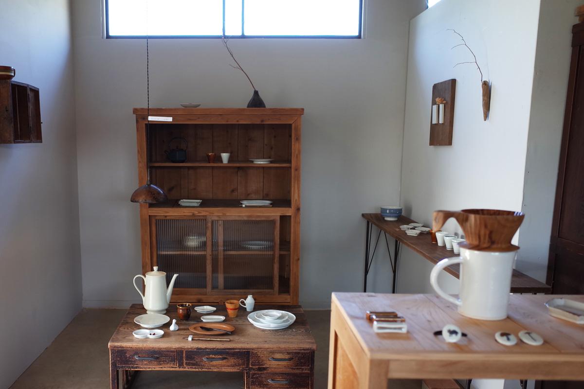 木道具・器ギャラリー 店内-3「夏ノ庭」鹿児島県日置市美山