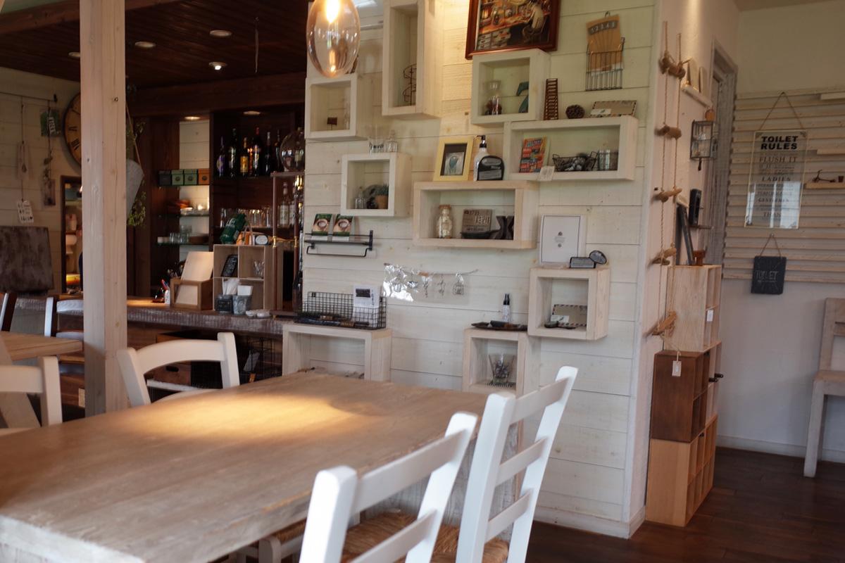 キッチン&雑貨「バウハウスカフェ (Bauhaus Cafe)」霧島市国分