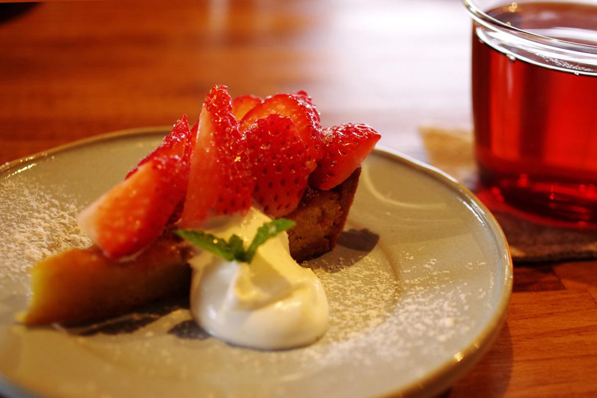 イチゴのタルト 自家焙煎コーヒー カフェ「musumi(ムスミ)」宮崎県小林市