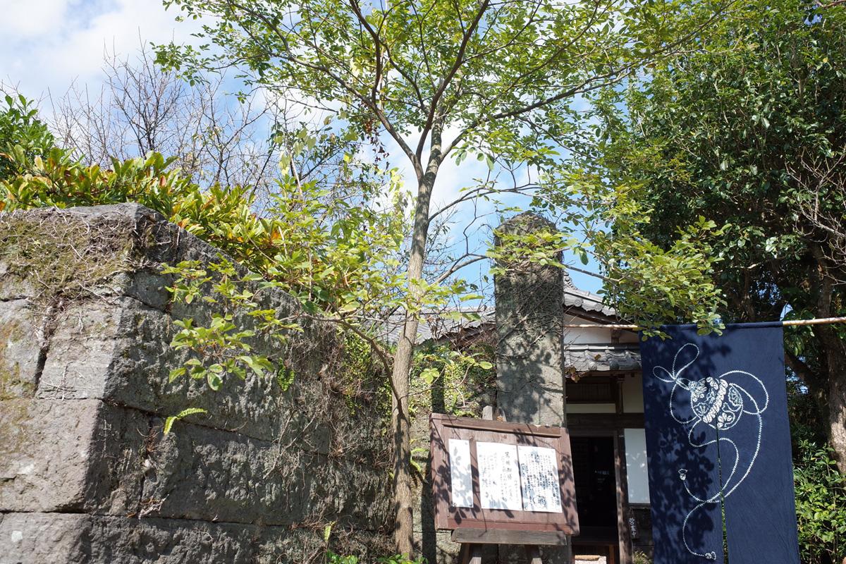 古民家カフェ「梅里 (bairi)」の外観。鹿児島県指宿市