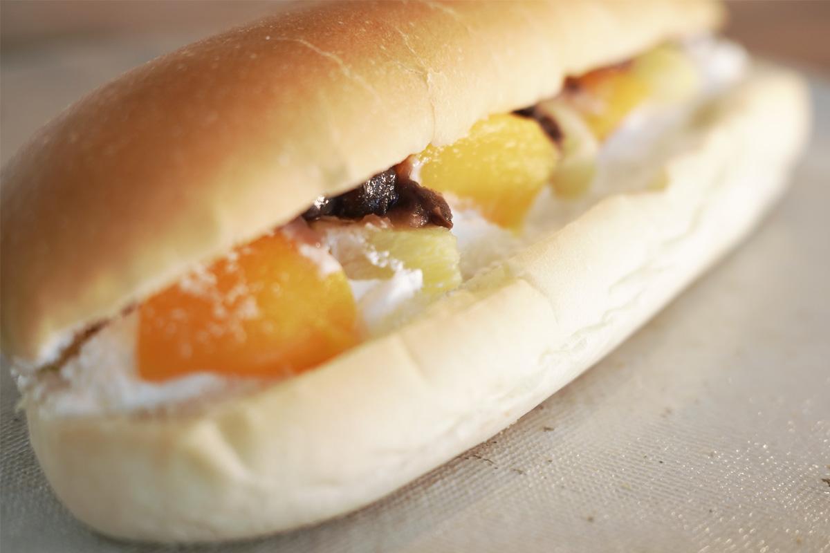 白くま風フルーツパン コッペパン専門店「いっぺこっぺハウス」姶良市加治木町